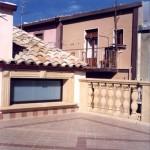 Rivestimenti in pietra per riquadrature di finestre e balaustre