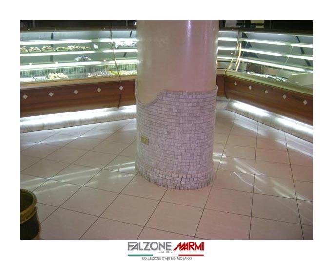 Rivestimento pilastro in marmo