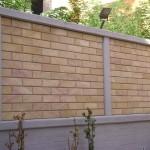 Rivestimento muro in Pietra Sabucina e zoccolo in Travertino